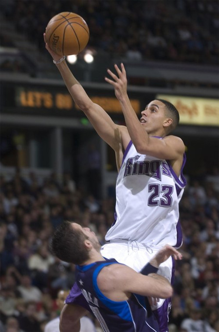 Cherish this photo of Kevin Martin, because we may never mention him or the Kings again on this website.  Photo courtesy kicksonfire.com